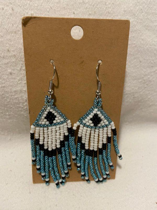 beaded pendant earring